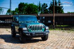 studio-ales-car-wrap-polep-aut-celopolep-vinyl-wrap-jeep-rubicon-oracal-fir-green-metallic-1