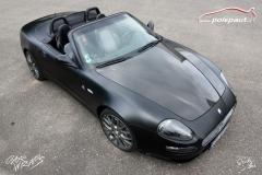 studio-ales-car-wrap-polep-aut-celopolep-vinyl-wrap-maserati-cabrio-black-matt-carbon-gloss-2