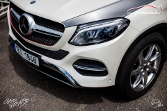 car-wrap-design-studio-ales-polep-aut-mercedes-GLE-350-silver-brushed-stoneprotect-10