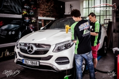 car-wrap-design-studio-ales-polep-aut-mercedes-GLE-350-silver-brushed-stoneprotect-2