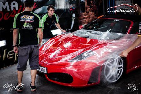 http://polepaut.cz/wp-content/uploads/2019/04/studio-ales-polep-aut-car-wrap-design-ferrari-spider-430-stoneprotect-ochranná-fólie-3-450x300.jpg