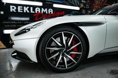 studio-ales-car-wrap-polep-aut-celopolep-polepaut-Aston-Martin-Avery-satin-pearl-white-10