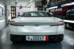 studio-ales-car-wrap-polep-aut-celopolep-polepaut-Aston-Martin-Avery-satin-pearl-white-13