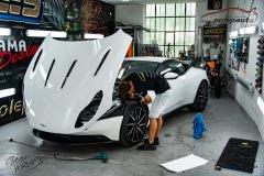 studio-ales-car-wrap-polep-aut-celopolep-polepaut-Aston-Martin-Avery-satin-pearl-white-2