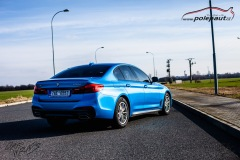 studio-ales-car-wrap-polep-aut-celopolep-polepaut-bmw-530D-avery-bright-blue-metallic-9