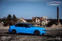 studio-ales-car-wrap-polep-aut-celopolep-bmw-mperformance-avery-light-blue-vinyl-wrap-6