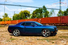 polep-aut-dodge-challenger-avery-riptide-rushing-color-flo-10