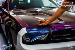 polep-aut-dodge-challenger-avery-riptide-rushing-color-flo