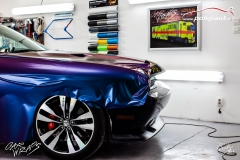 studio-ales-car-wrap-polep-aut-celopolep-dodge-challenger-avery-color-flow-riptide-rushing-3