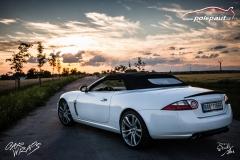 car-wrap-design-studio-ales-polep-aut-jaguar-xkr-cabrio-white-avery-halftone-7