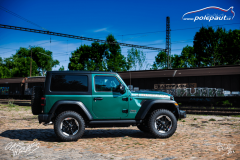 studio-ales-car-wrap-polep-aut-celopolep-vinyl-wrap-jeep-rubicon-oracal-fir-green-metallic-2