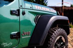 studio-ales-car-wrap-polep-aut-celopolep-vinyl-wrap-jeep-rubicon-oracal-fir-green-metallic-3