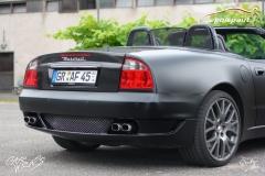 studio-ales-car-wrap-polep-aut-celopolep-vinyl-wrap-maserati-cabrio-black-matt-carbon-gloss-5