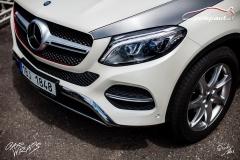 car-wrap-design-studio-ales-polep-aut-mercedes-GLE-350-silver-brushed-stoneprotect-10