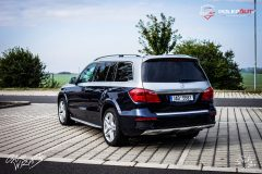studio-ales-car-wrap-polep-aut-celopolep-polepaut-mercedes-gls-folie-na-auto-avery-dove-grey-4-scaled