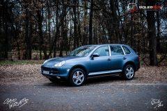 studio-ales-car-wrap-polep-aut-celopolep-polepaut-mustang-avery-satin-metallic-grey-blue-cayene-scaled