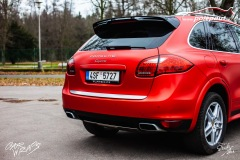 studio-ales-car-wrap-polep-aut-folie-na-auto-a-porsche-cayenne-3m-s363-satin-red-smoldering-4