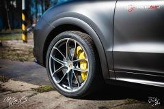 studio-ales-car-wrap-polep-aut-celopolep-polepaut-Porsche-Cayenne-Avery-dark-basalt-satin-3