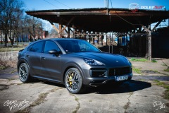 studio-ales-car-wrap-polep-aut-celopolep-polepaut-Porsche-Cayenne-Avery-dark-basalt-satin-5