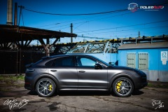 studio-ales-car-wrap-polep-aut-celopolep-polepaut-Porsche-Cayenne-Avery-dark-basalt-satin-6