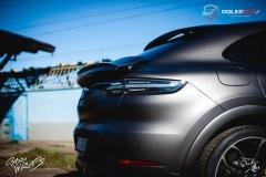 studio-ales-car-wrap-polep-aut-celopolep-polepaut-Porsche-Cayenne-Avery-dark-basalt-satin-7