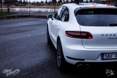 studio-ales-car-wrap-polep-aut-celopolep-polepaut-Porsche-Macan-Avery-white-pearl-satin-3