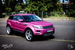 studio-ales-car-wrap-polep-aut-celopolep-polepaut-range-rover-folie-matte-metallic-pink-avery-scaled