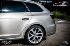 car-wrap-design-studio-ales-polep-aut-seat-leon-arlon-brushed-silver-metallic-3