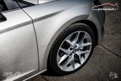 car-wrap-design-studio-ales-polep-aut-seat-leon-arlon-brushed-silver-metallic-6