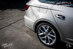 car-wrap-design-studio-ales-polep-aut-seat-leon-arlon-brushed-silver-metallic-7