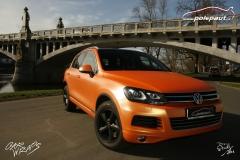 studio-ales-car-wrap-polep-aut-celopolep-vinyl-wrap-vw-touareg-kpmf-starlight-orange-gold-4
